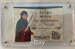 FRODO Elijah Wood Lord of the Rings FOTR TOPPS AUTOGRAPHED AUTHENTIC